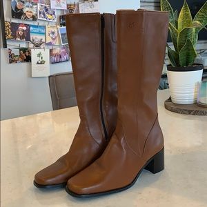 Davos Gomma Knee High Leather Boots
